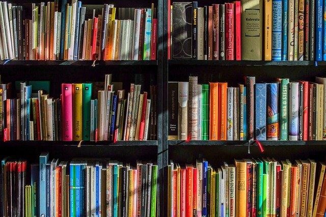 vlastní knihovna