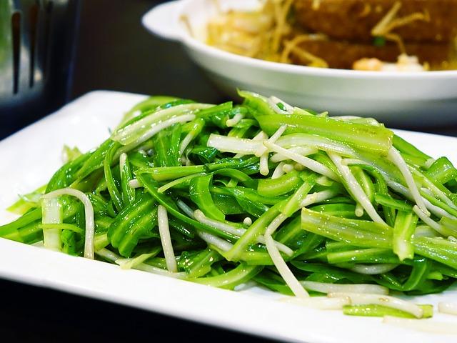 fazolové klíčky se zeleninou