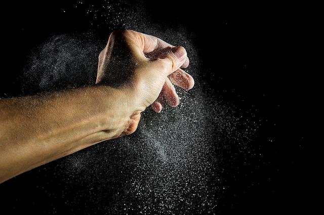 Moučný prach